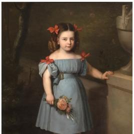 Retrato de niña de azul con rosas en la mano