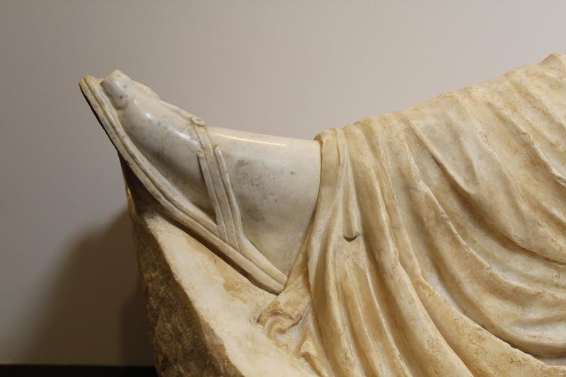 <p>Detalle, pie de Ariadna después de la restauración</p>
