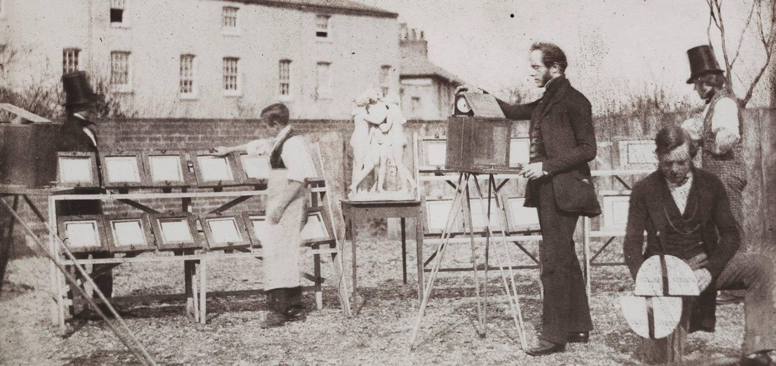 Copiado por el sol. Los talbotipos de los 'Annals of the Artists of Spain' de William Stirling Maxwell (1847)